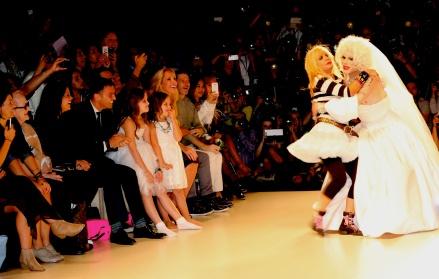 Fashion_week_wed._sept._10,_2014_betsey_johnson_139XXX