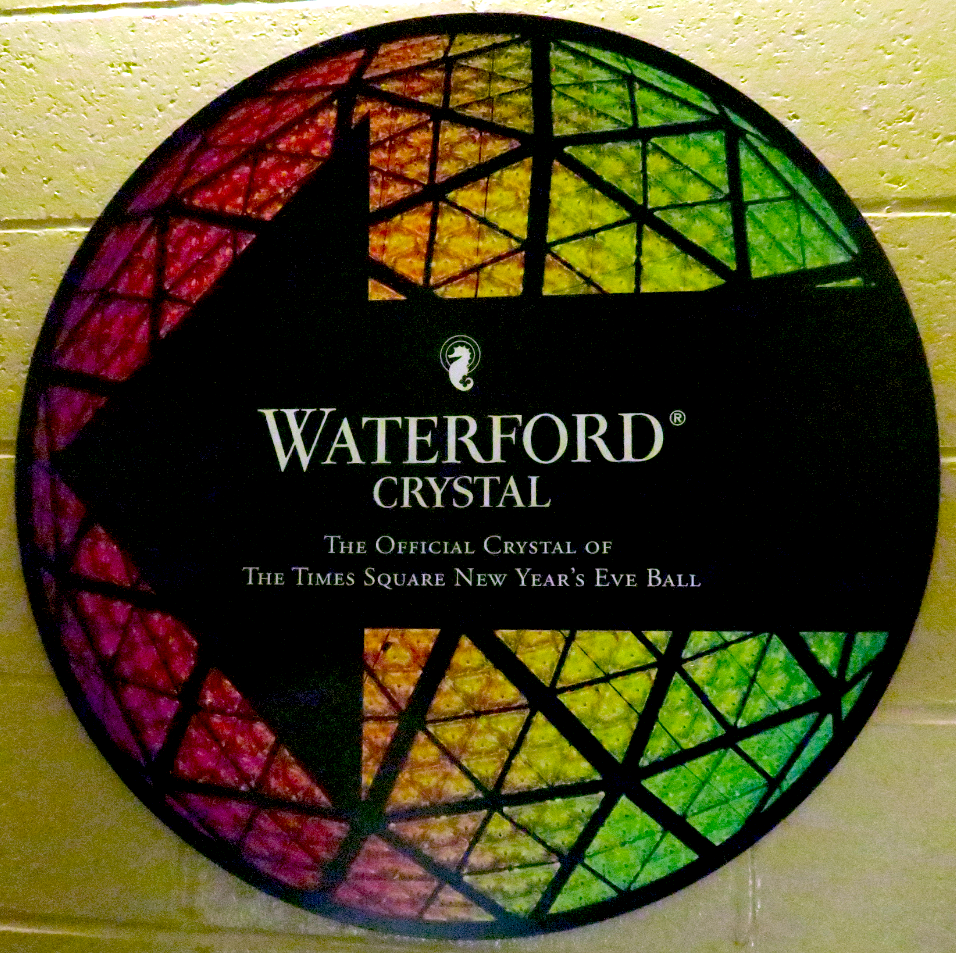 Waterford crystal times square new years eve ball - Waterford crystal swimming pool times ...