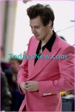 "Harry Styles performing on NBC """"TODAY""""show"