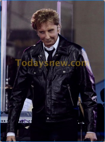 Barry Manilow performing on NBC'' Today''Show at Rockefeller Plaza