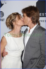 Kyra Sedwick,Kevin Bacon at ''Ten Days in the Valley'' at Cinepolis Chelsea'